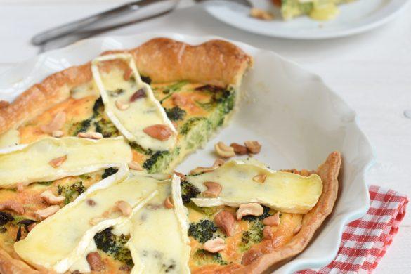 Broccoliquiche met brie en cashewnoten